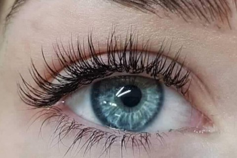 Textured Naughty Classic Lashes