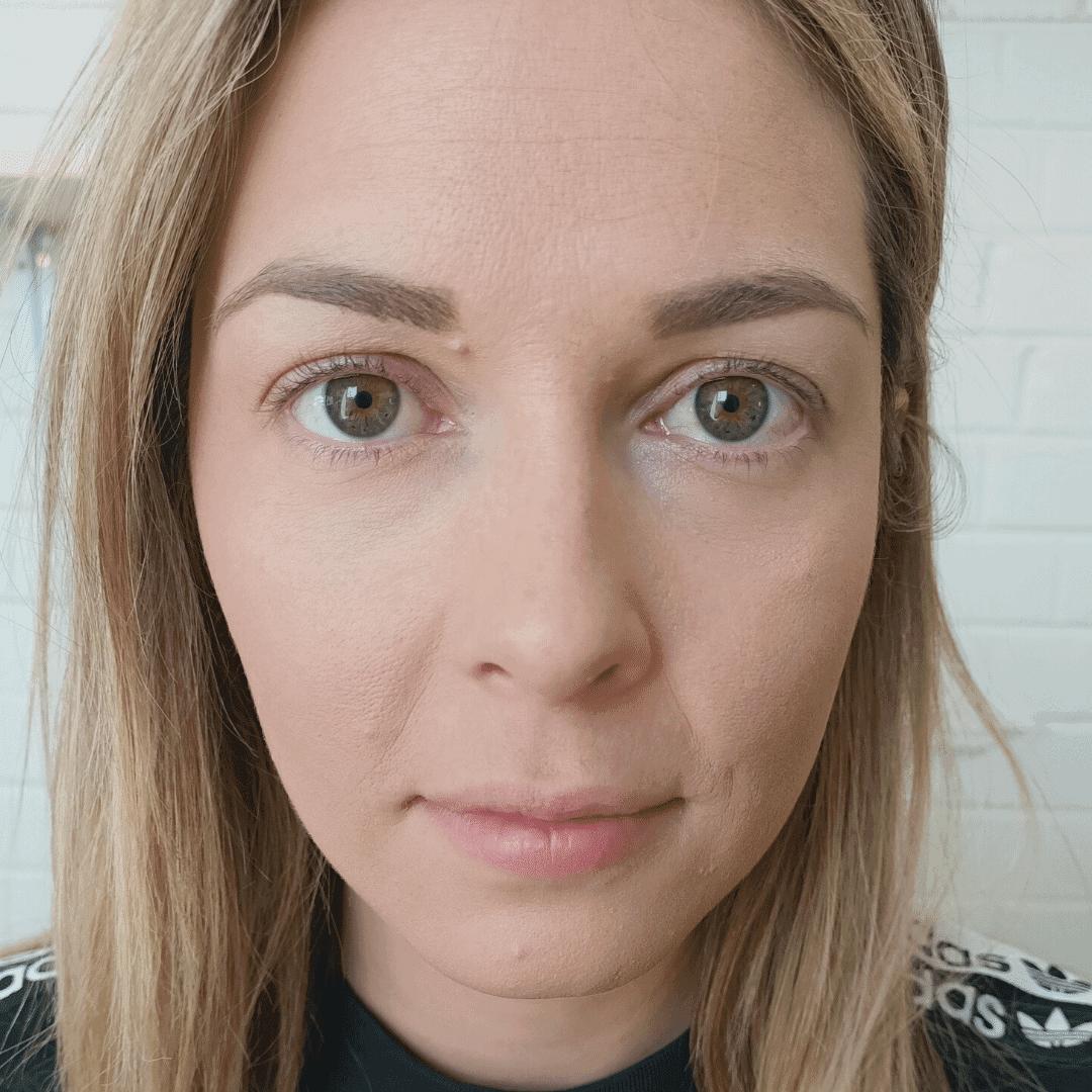 Flirty classic eyelash extensions Before