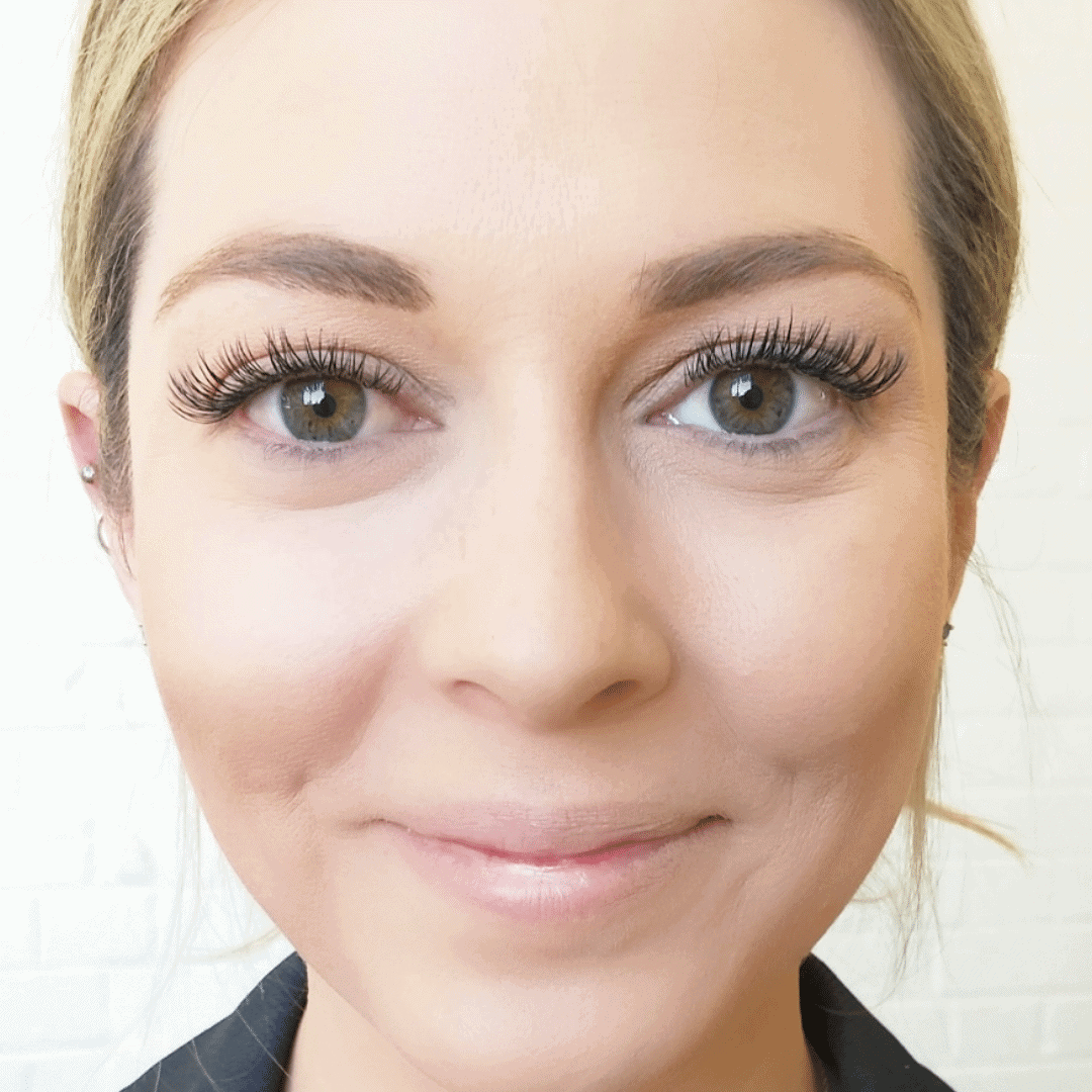 Flirty classic eyelash extensions After