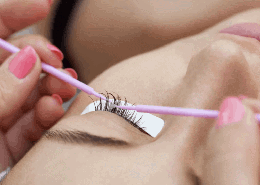 Emergency Eyelash Extensions Removal